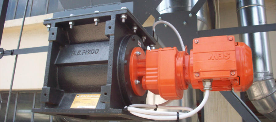 A rotary vane feeder used in a baghouse by ACS air cleaning systems - Johannesburg, Gauteng, South Africa